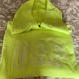 Gap long sleeve hooded sweater.